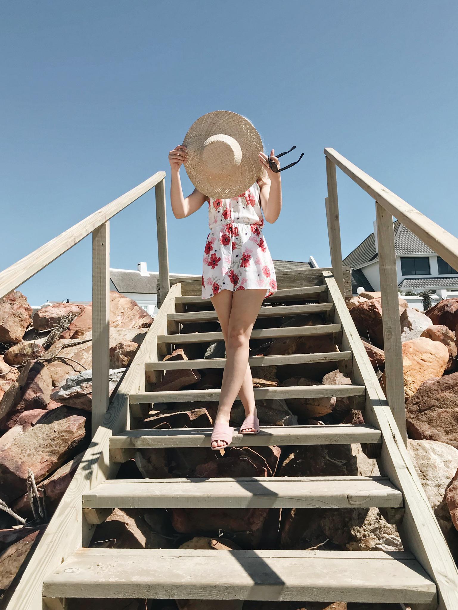 Lauren Carmen with her straw hat